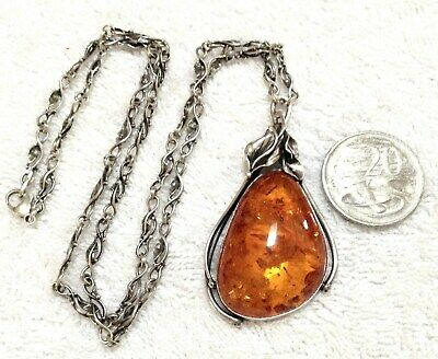 Stunning ART NOUVEAU Sterling Silver (30 + Grams)Necklace/Baltic AMBER c1890.
