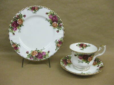 Vintage Royal Albert Old Country Roses Trio ~ Cup, Saucer & Plate ~English China