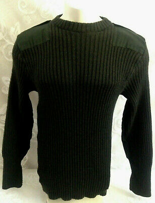 6d3f787c2e59a Vintage Cabelas 100% Wool Crewneck Ribbed Green Sweater Patches /England  Men's L