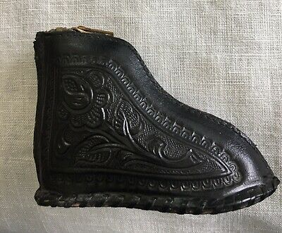 Vintage Boot Shape Leather Scroll Floral Design Zippered Coin Purse Mexico