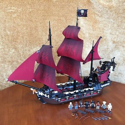 Lego Pirates of the Caribbean Queen Anne's Revenge 4195 Complete