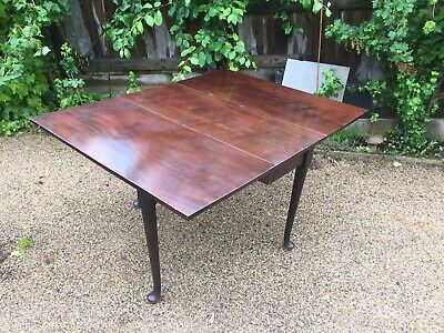 Stunning Antique Victorian Mahogany Extending Dining Table - Beautiful Condition