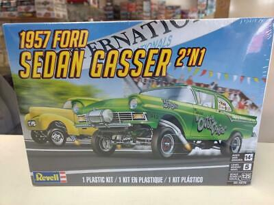 Revell 4478 1957 Ford Sedan Gasser 2'n1 model kit