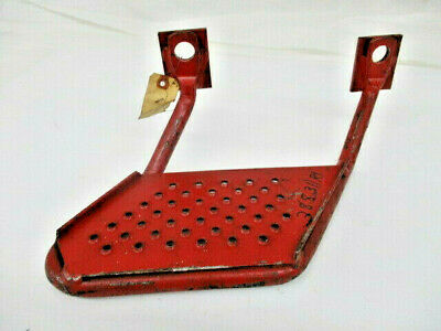 IH Step For 544/686/2544 Tractors (388311R1)