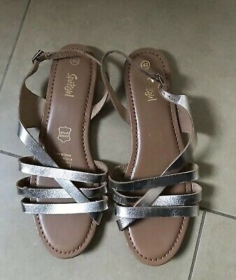 SPORTS GIRL Women's Leather Sandals Size 40