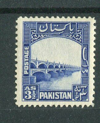 Pakistan KGVI 1948-57 3.5a bright blue SG32 MH