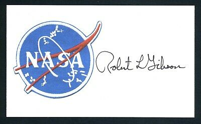 Robert Gibson NASA American Space Astronaut Signed 3x5 Index Card C15686
