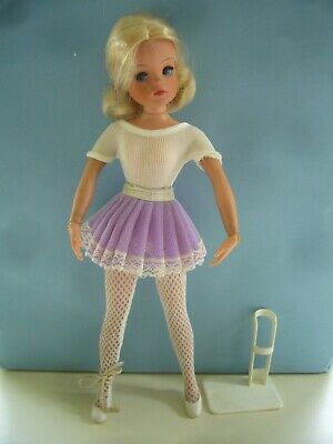 Vintage 1974 Pedigree Sindy Active Ballerina Doll & Clothes Stand Ballet Shoes