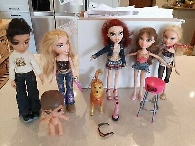 6 x Bratz Dolls Bundle Including clothes shoes dog that really walks ! baby girl