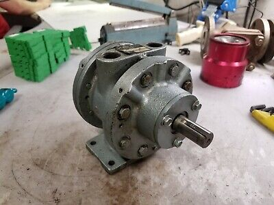 "Gast 8Am-Frv-2B Air Motor Reversible 5.25 Hp 175 Cfm 2500 Rpm 1/2"" Ports"