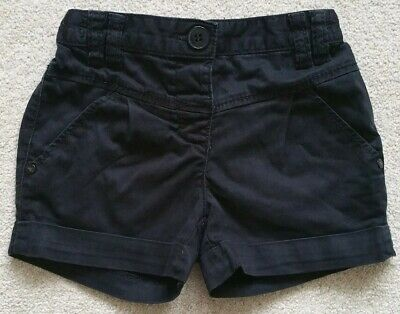 Next Girls Lovely Black Smart Summer shorts Age 4-5 Yrs in good condition