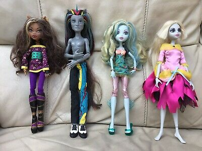 3 Monster High Dolls & 1 Once Upon A Zombe Doll