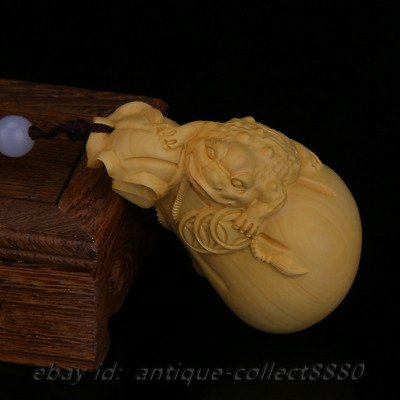 """3""""Chinese Box-wood Hand Carved Animal Golden Wealth Toad Moneybag Statue Pendant"""