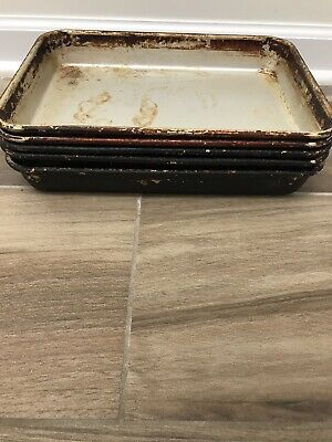 (5) Pizza Hut Breadstick Pans with Lids. OK Condition