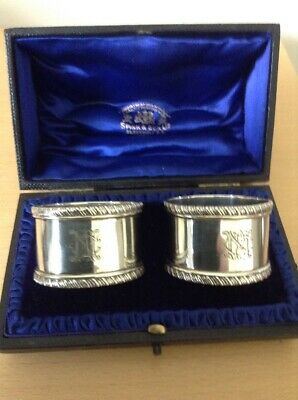Superb Pair Of Sterling Silver Napkin Rings In Fitted Casket Box - London 1907.