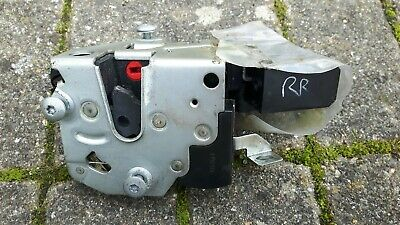 BMW E34 5er DOOR LOCK CATCH REAR RIGHT 51228138928 & ACTUATOR 67118353011