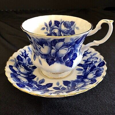 RARE Royal Albert Teacup & Saucer Aristocrat Blue White Bone China England 4484