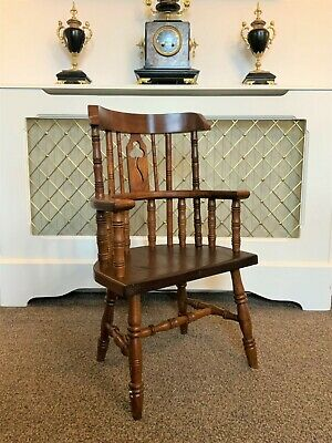 QUALITY 18thc STYLE ANTIQUE IRISH CHILD'S HIGH-BACK OAK WINDSOR ARMCHAIR