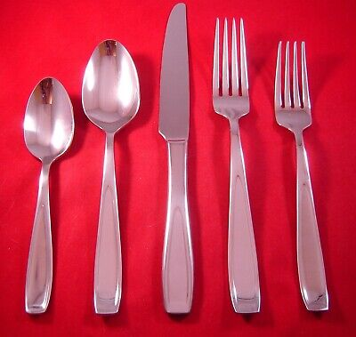 Mikasa Bravo 18//10 Stainless Oversized Serving Flatware Your Choice
