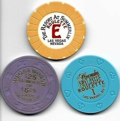"$25.oo  ""Vegas World"" + 2 casino roulette/poker chips, Las Vegas, NV  lot"