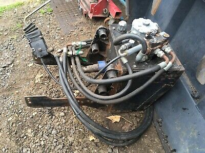 Hydraulic pump/tank p,t,o  drive with the hoses