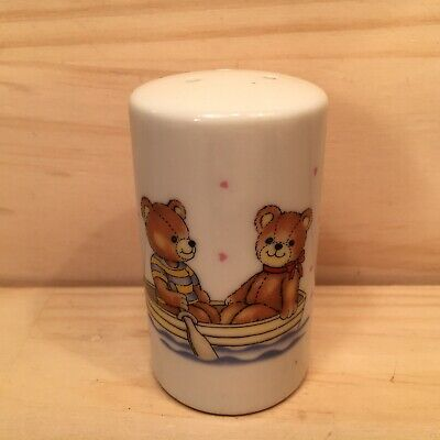 "TEDDY BEAR ROW BOAT ""White"" Collectable Novelty Ceramic Salt Pepper Shaker"