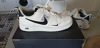 revendeur 183b0 effd1 NIKE AIR FORCE 1 homme TM ORIGINALS Chaussures Baskets Taille 42 NEW STYLE