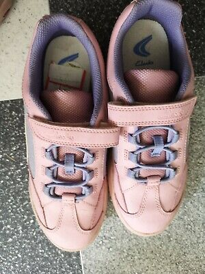 Clarks Girls Stylish Pink Bluecomfy Trainers Shoes Boots Uk Size 1.5 F Kids