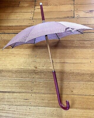 VINTAGE 1950's ADORABLE STRIPED WOODEN SHAFT UMBRELLA PARASOL PROP