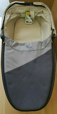 Quinny Foldable Carrycot Ex Display