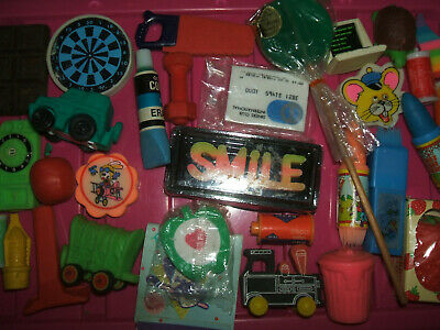 RARE VINTAGE 1980s COLLECTION OF ERASERS RUBBERS - LOT 22
