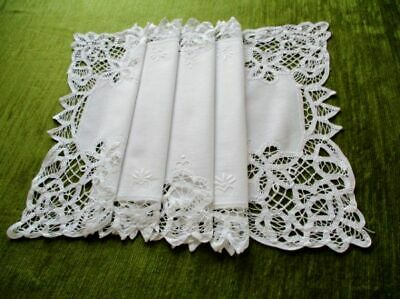 "PRETTY TABLE RUNNER-WHITE COTTON-TAPE LACE-15"" x 32"""