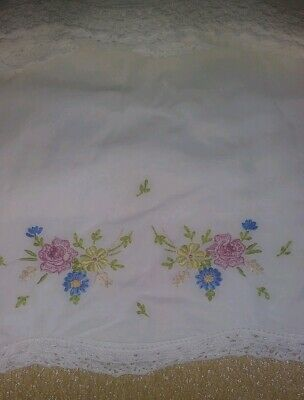 Set 2 Antique Floral Pillow Cases 100% Cotton Early Machine Made Hand Embroidery