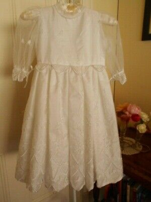 Retro White Flower Girl/Party Dress With  Beading Trim & Embroidery