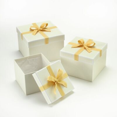 SET OF 3 SQUARE OASIS STEPHY LINED HAT BOXES GOLD BOW Flowers Gifts Crafts