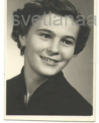 1960s Beautiful young girl teen smiling Portrait pretty woman vintage photo