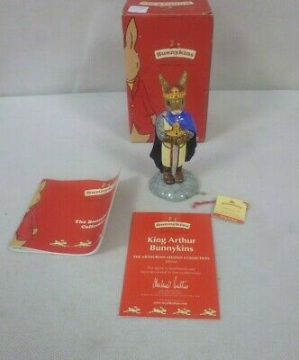 "Royal Doulton Bunnykins Figurines ""King Arthur 2002""  Db304 Boxed(Cha)"
