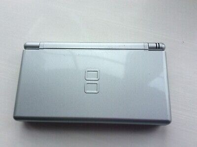 Nintendo DS Lite Metallic Silver Handheld System with charger