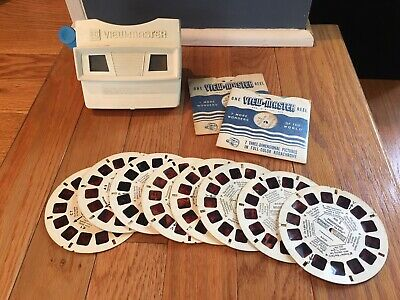 Vintage Red/White Viewmaster 3D View-Master Viewer Toy With 10 Disney Reels
