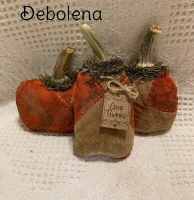 3 Very Grungy Antique Quilt Pumpkin Bowl Fillers Give Thanks