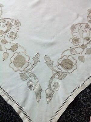 Beautiful Vintage Linen Hand Embroidered / Openwork Tablecloth