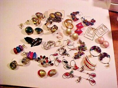 JUNK DRAWER LOT #4 ~ Antiques Vintage Costume Jewelry ~ LOT OF EARRINGS