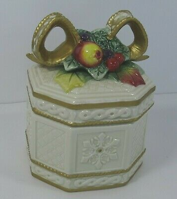 Beautiful Ceramic CERA Gift Box From Belks MSRP $38.00