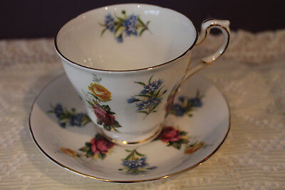 Beautiful Paragon Floral Tea Cup And Saucer - Made In England