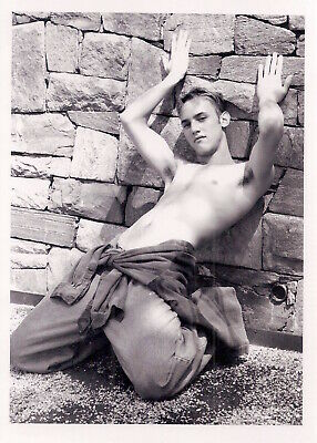 GAY: Vintage 95/02 Semi-Nude Male 5x7 Stamped Photograph LUSCIOUS LITHE TORSO m4