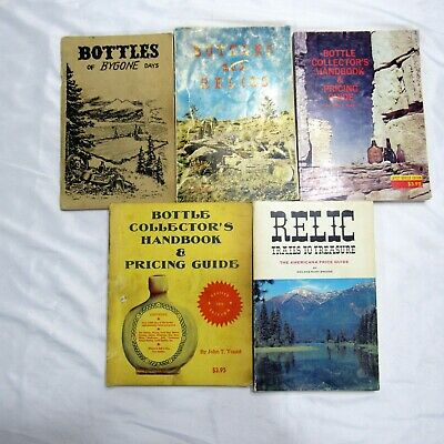 Lot of 5 Antique Collectible Price Guide Books Bottles and Relics Collectors