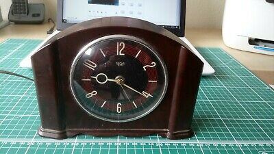Bakelite Vintage electric clock made by SMITHS in Great Britain 20 x 15 x 5 cm