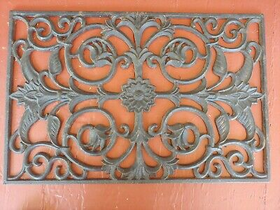 Large Vintage/Antique Victorian Ornate Cast Iron Grate Decorative Floor Original