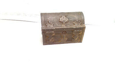 Antique Vintage Cast Iron Pirates Treasure Chest Still Coin Bank