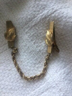 Two Leaf Leaves Chain Gold Tone Vintage Clip Sweater Collar Guard